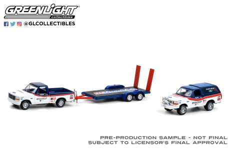 GreenLight-Collectibles-Racing-Hitch-and-Tow-Series-3-1992-Ford-F-150-1992-Ford-Bronco-BFGoodrich