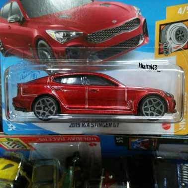 Hot-Wheels-Mainline-2021-KIA-Stinger-GT-002