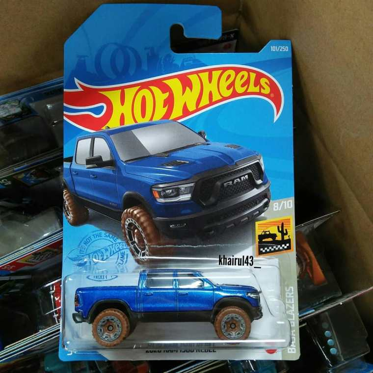 Hot-Wheels-Mainline-2021-Ram-1500-Rebel-001