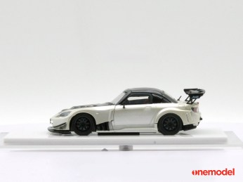 One-Model-Honda-S2000-Js-Racing-005