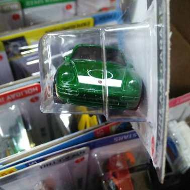 Hot-Wheels-Mainline-2021-96-Porsche-Carrera-003