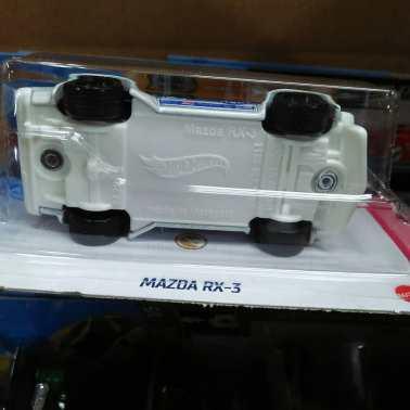Hot-Wheels-Mainline-2021-Mazda-RX3-Super-Treasure-Hunt-006