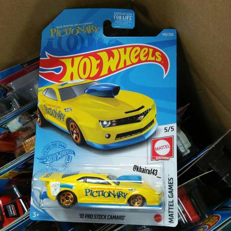 Hot-Wheels-Mainline-2021-Pro-Stock-Camaro-Pictionary-001