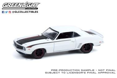 GreenLight-Collectibles-Detroit-Speed-Inc-2-Angelo-Vespis-1969-Chevrolet-Camaro