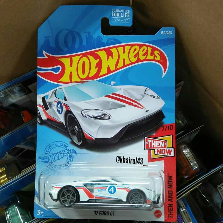 Hot-Wheels-Mainline-2021-17-Ford-GT-001