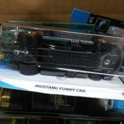 Hot-Wheels-Mainline-Treasure-Hunt-2021-Mustang-Funny-Car-006