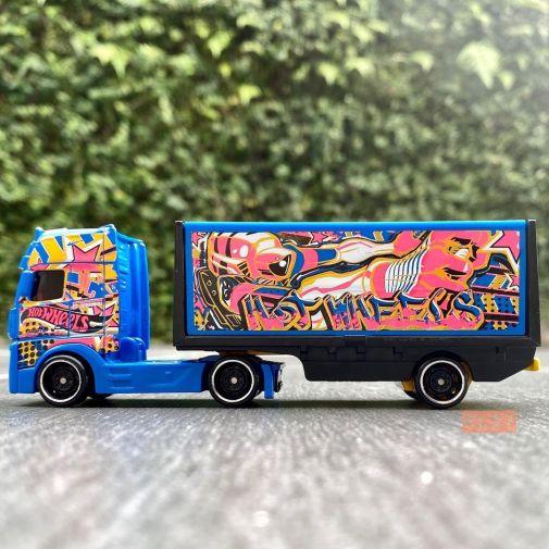 Hot-Wheels-Track-Stars-2021-Mercedes-Benz-Actros-005