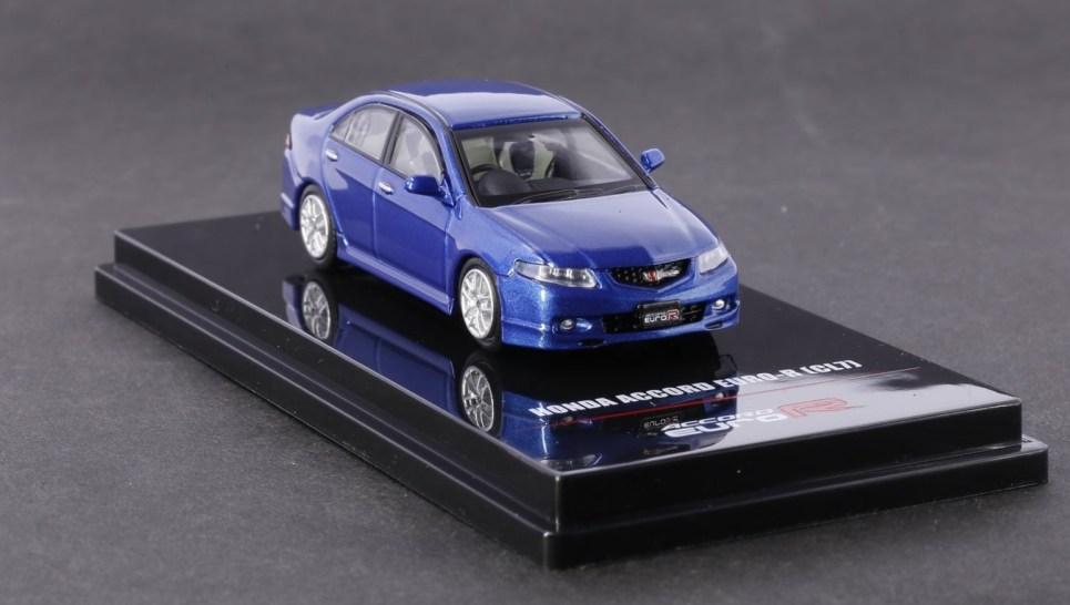 Inno64-Honda-Accord-Euro-R-CL7-Artic-Blue-Pearl-001