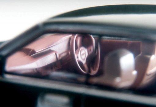 Tomica-Limited-Vintage-Neo-Mai-2021-Nissan-Gloria-Gran-Turismo-Super-SV-Vert-007