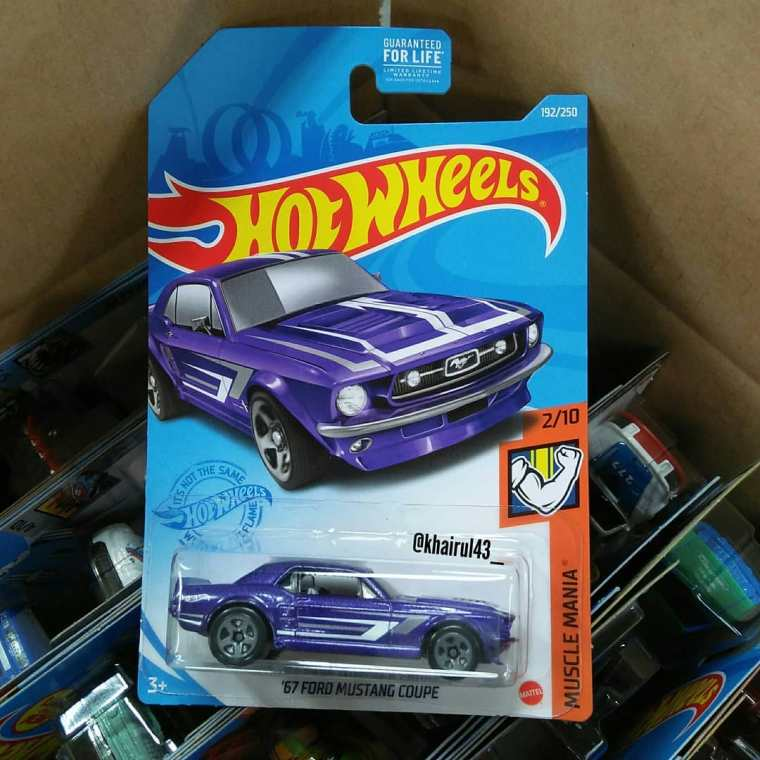 Hot-Wheels-Mainline-2021-67-Ford-Mustang-Coupe-001