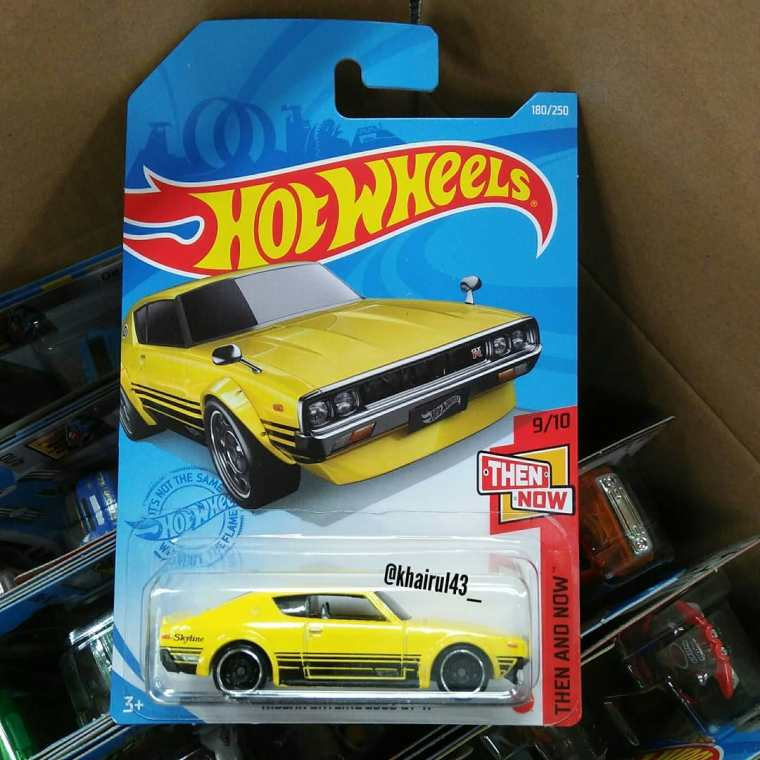 Hot-Wheels-Mainline-2021-Nissan-Skyline-2000GT-R-001