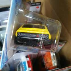 Hot-Wheels-Mainline-2021-Nissan-Skyline-2000GT-R-004