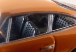 Tomica-Limited-Vintage-Neo-Porsche-911S-Jaune-007