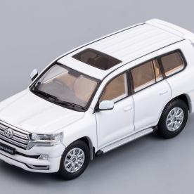 Hobby-Japan-Minicar-Project-Toyota-Land-Cruiser-200-blanc-002