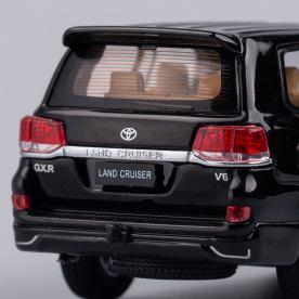 Hobby-Japan-Minicar-Project-Toyota-Land-Cruiser-200-noir-010
