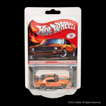 Hot-Wheels-2021-Red-Line-Club-70-Mustang-Boss-302-002