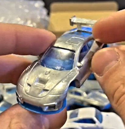 Hot-Wheels-2022-Porsche-935-003