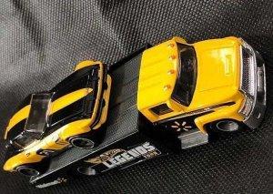 Hot-Wheels-Custom-Corvette-Stingray-Coupe-Carry-On-002