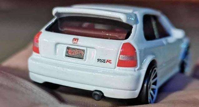 Hot-Wheels-Mainline-2021-Honda-Civic-Type-R-EK9-004
