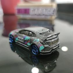 Hot-Wheels-Mainline-2021-Honda-Civic-Type-R-HKS-003