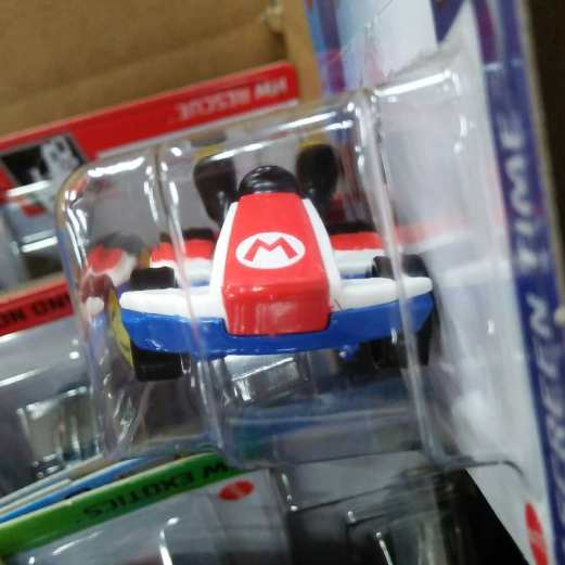 Hot-Wheels-Mainline-2021-Mario-Kart-Standard-Kart-003