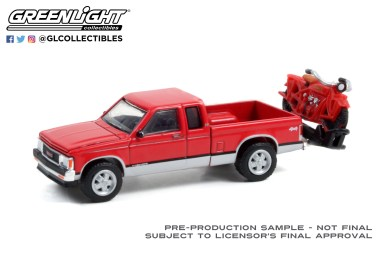 GreenLight-Collectibles-Anniversary-Collection-13-1991-GMC-Sonoma-Extended-Cab