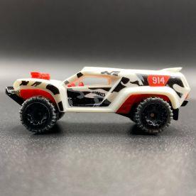Hot-Wheels-2021-Speed-Blur-5-Pack-Dune-Crusher-002