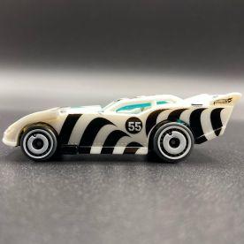 Hot-Wheels-2021-Speed-Blur-5-Pack-Maximum-Leeway-002