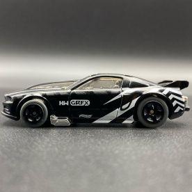 Hot-Wheels-2021-Speed-Blur-5-Pack-Mustang-002