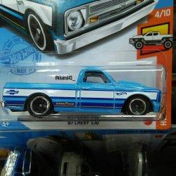 Hot-Wheels-Mainline-2021-67-Chevy-C10-002