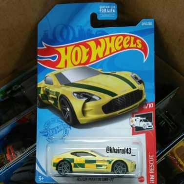 Hot-Wheels-Mainline-2021-Aston-Martin-One-77-001