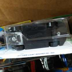 Hot-Wheels-Mainline-2021-Nissan-Leaf-Nismo-RC-02-006