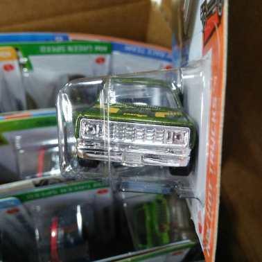 Hot-Wheels-Mainline-Treasure-Hunt-2021-78-Dodge-Li-l-Red-Express-Truck-003