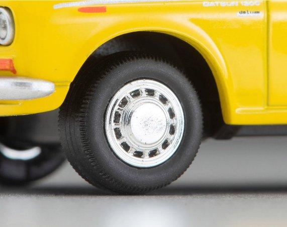 Tomica-Limited-Vintage-2021-Neo-Datsun-Truck-Bridgestone-007