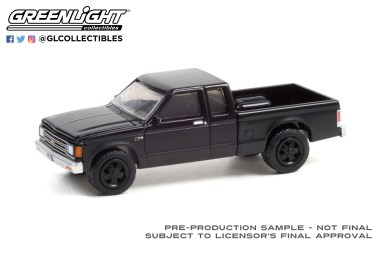 GreenLight-Collectibles-Black-Bandit-25-1988-Chevrolet-S-10-Extended-Cab