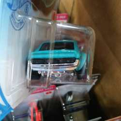 Hot-Wheels-Mainline-2021-70-Toyota-Celica-TA22-004