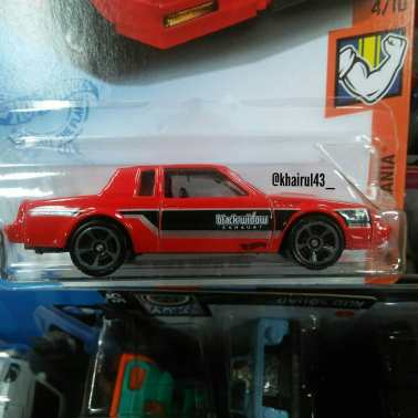 Hot-Wheels-Mainline-2021-87-Buick-Regal-GNX-002