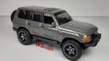 Hot-Wheels-Mainline-2021-Toyota-Land-Cruiser-80-001
