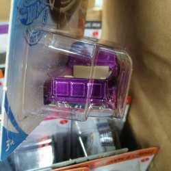 Hot-Wheels-Mainline-Super-Treasure-Hunt-2021-49-Ford-F1-004