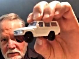 Hot-Wheels-Toyota-Land-Cruiser