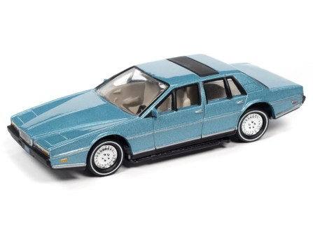 Johnny-Lightning-Classic-Gold-2021-Release-1-Set-A-1983-Aston-Martin-Lagonda