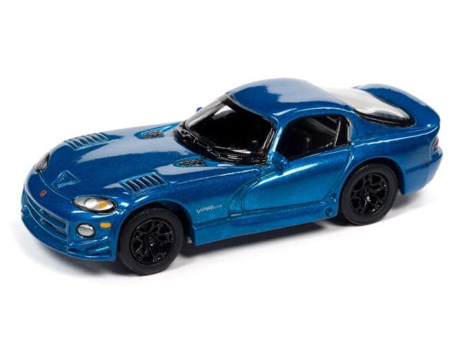 Johnny-Lightning-Classic-Gold-2021-Release-1-Set-B-1997-Dodge-Viper-GTS-Gold-Package