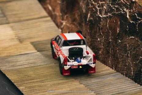 Tarmac-Works-Toyota-Hilux-TRD-Team-Thailand-002