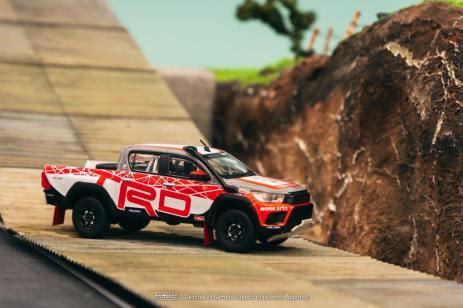 Tarmac-Works-Toyota-Hilux-TRD-Team-Thailand-003