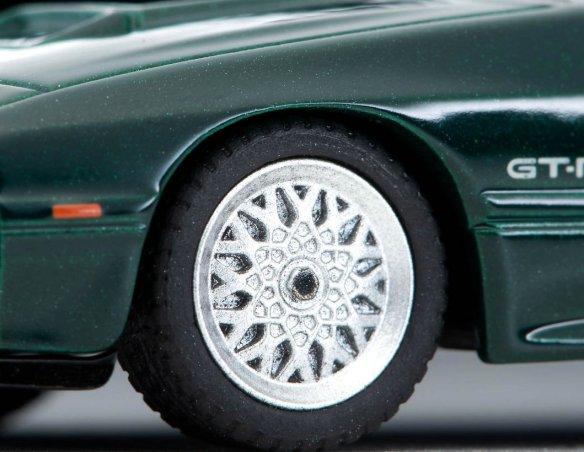 Tomica-Limited-Vintage-Neo-Mazda-Savanna-RX-7-Winning-Limited-green-002