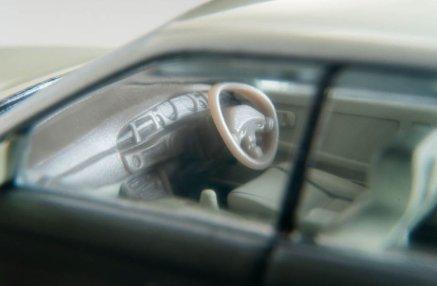 Tomica-Limited-Vintage-Neo-Nissan-Laurel-Medalist-Club-L-004