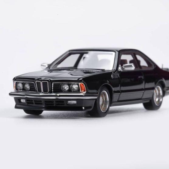 YM-Model-BMW-635-CSi-Noire-001