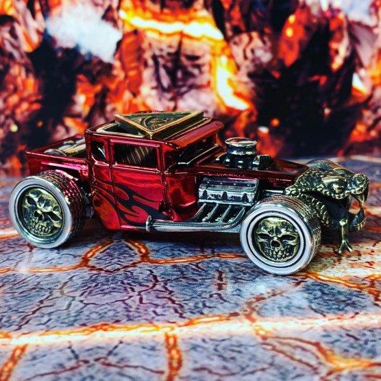 King-Of-Customs-Hells-Dept-Snake-Shaker-002