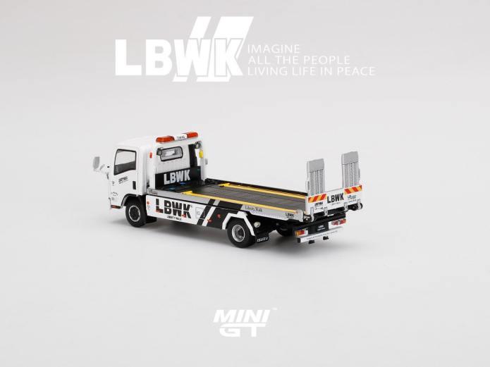 Mini-GT-Isuzu-Liberty-Walk-002