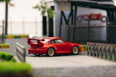 Tarmac-Works-Porsche-993-GT2-by-Schuco-002